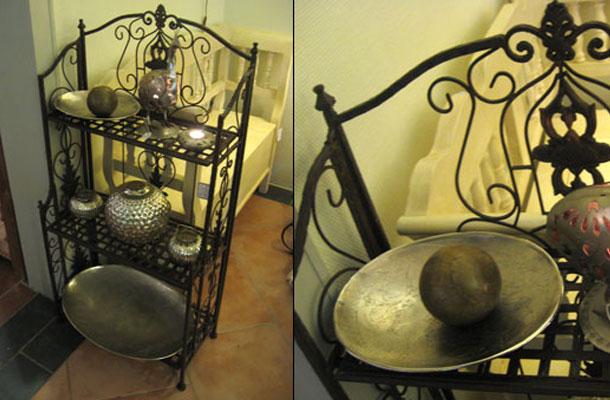 eisenregal vertiko antik. Black Bedroom Furniture Sets. Home Design Ideas