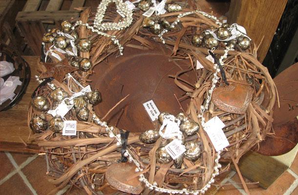 Weihnachtsdekorationen vertiko antik for Antike weihnachtsdeko