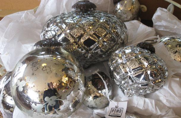 Ptmd glaskugeln vertiko antik for Antike weihnachtsdeko